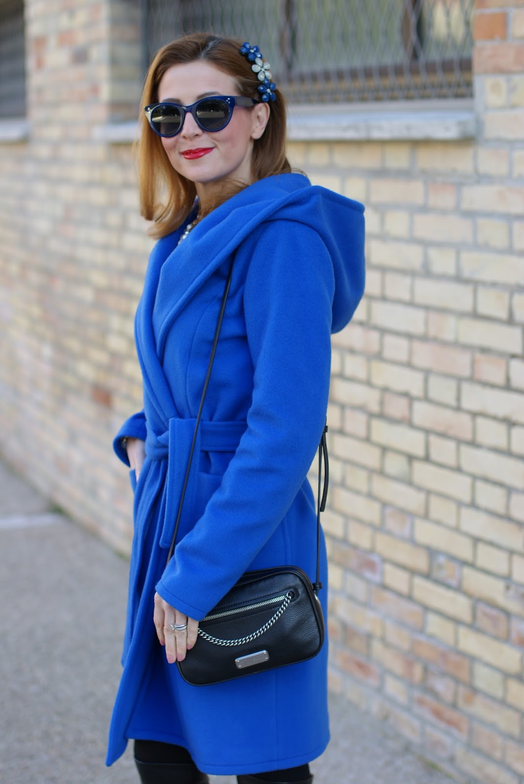 Wrap hooded coat and Marc by Marc Jacobs sally crossbody bag on Fashion and Cookies fashion blog, fashion blogger style