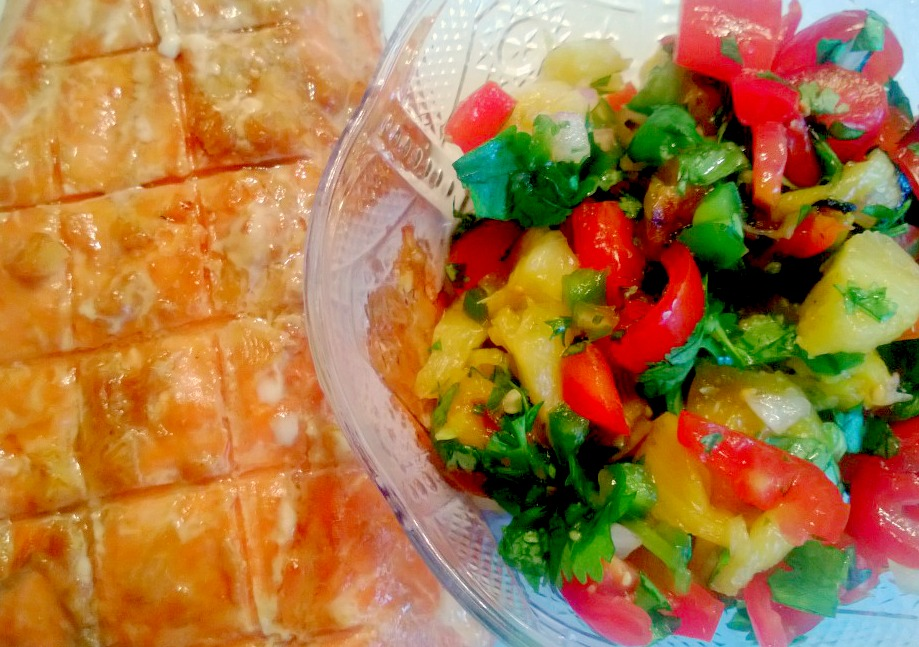 Cutie Booty Cakes: Grilled Pineapple Salsa
