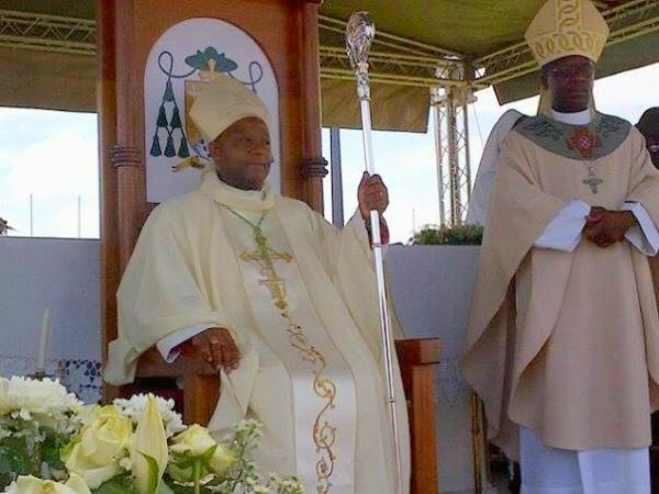 Let us give ourselves wholeheartedly to this diocese as I did myself today (Bishop Phalana)