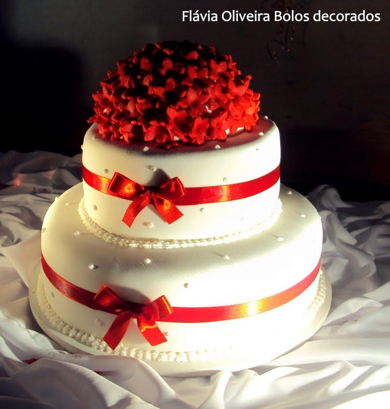 bolos artesanais pasta americana vermelho e branco