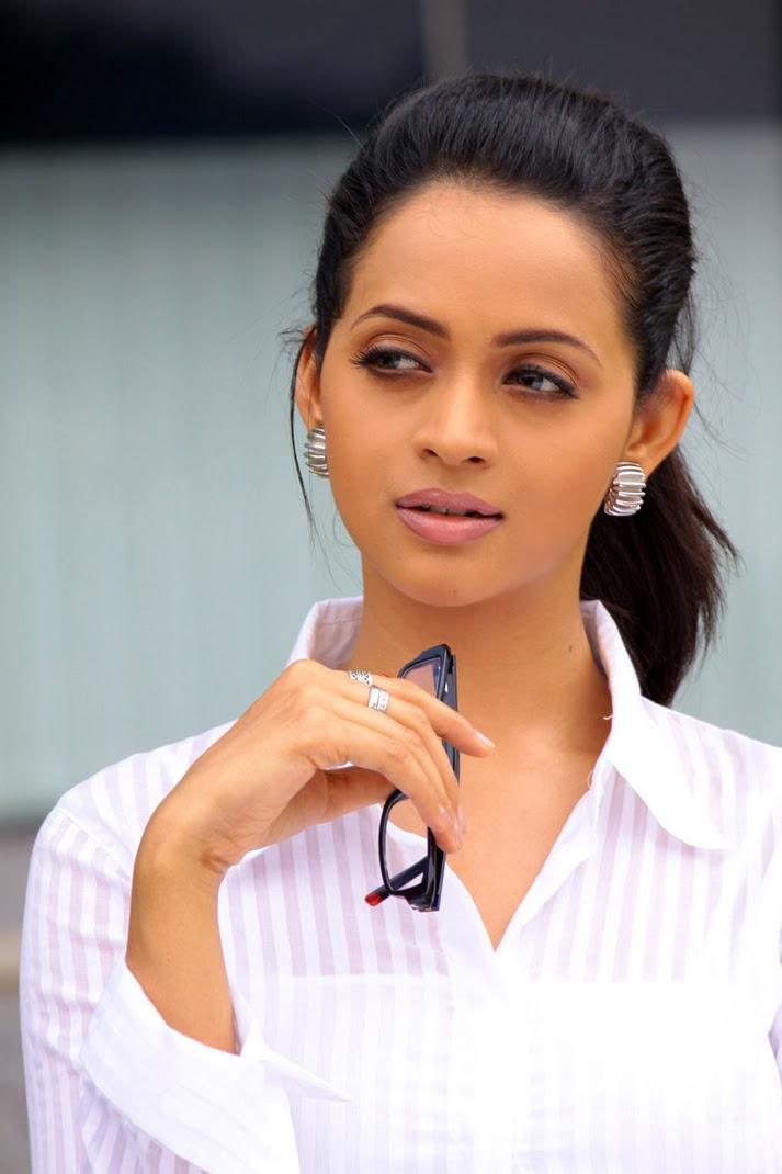 Sunita marshal pakistani actress blue film - 4 8
