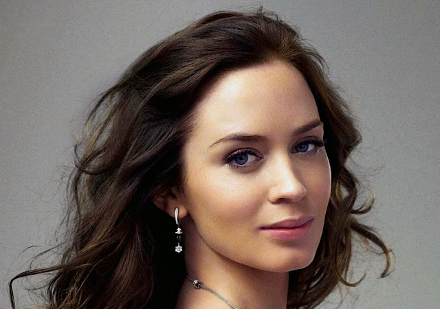 Emily Blunt Wallpapers Free Download