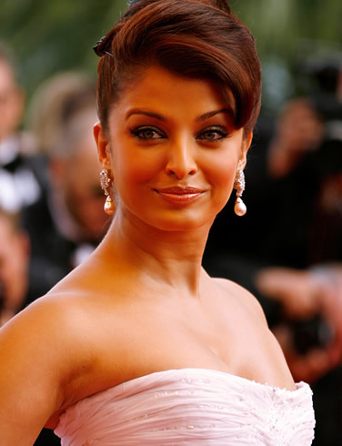 aishwarya_rai_looking_wow