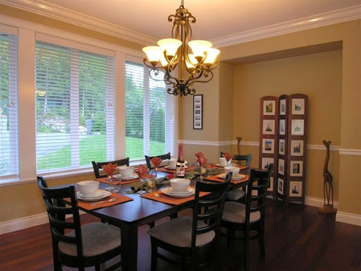 model lampu untuk ruang keluarga, ruang tamu dan ruang makan dan dapur