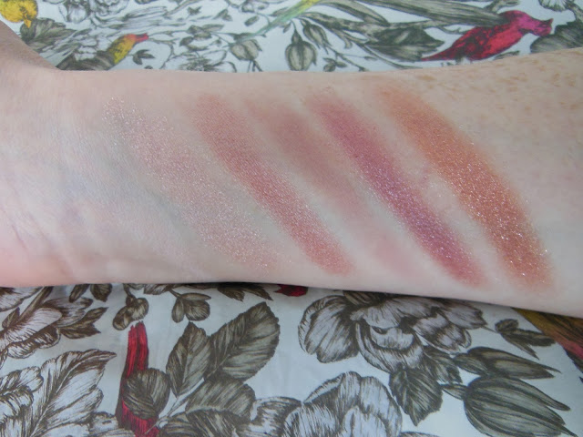 Urban Decay Naked 3 palette eye shadow swatches