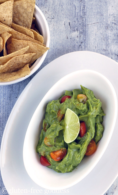 Karinas easy vegan guacamole- vegan and dairy-free.