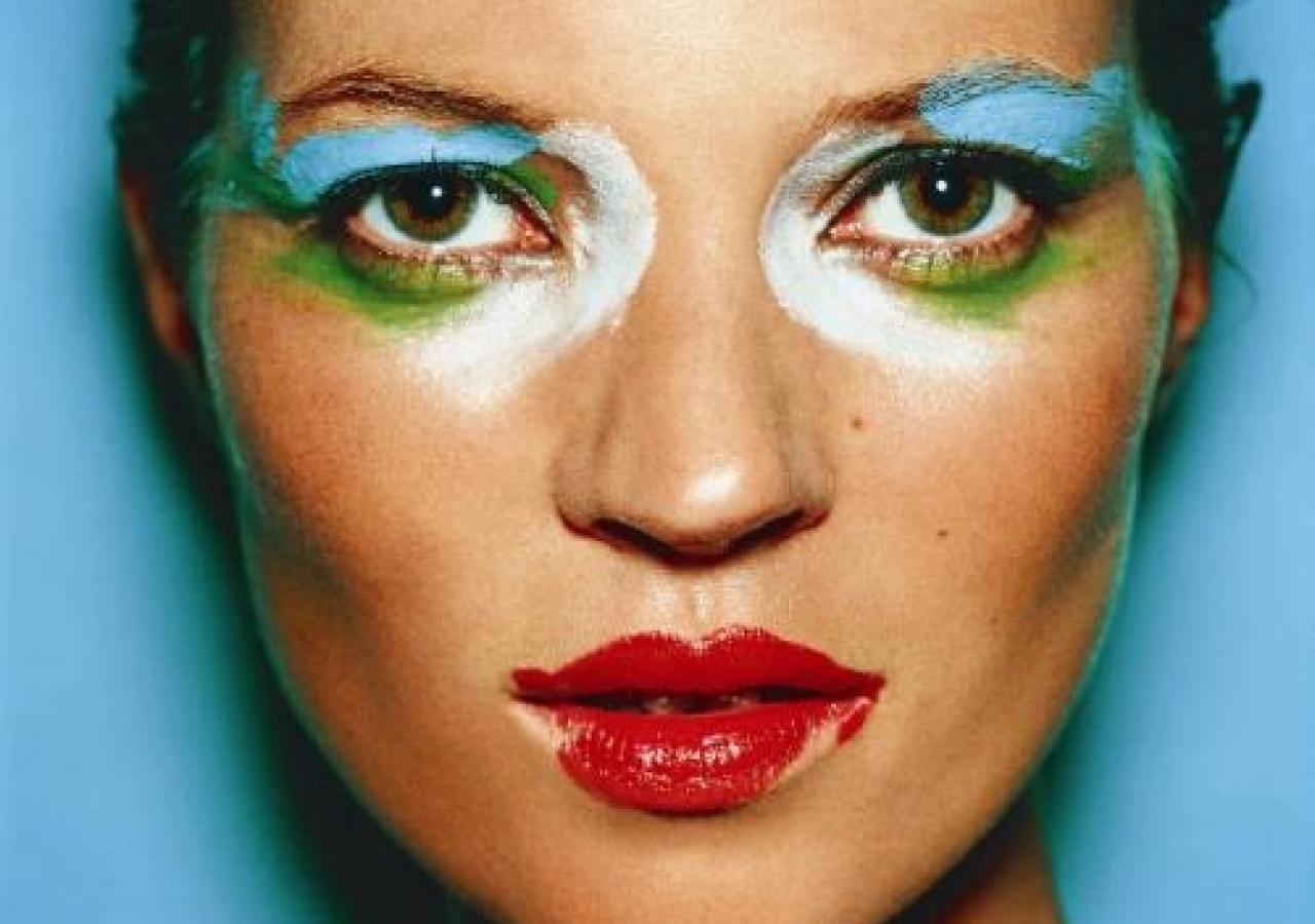http://4.bp.blogspot.com/-LZJj1w3URLk/Tbw4DVrIU0I/AAAAAAAABOg/3gU6GB8mrzs/s1600/mario-testino-celebrity-icons-kate-moss.jpg