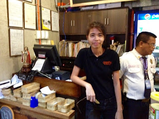 Orange Karenderia Lahug Cebu City, Best seafood restaurants in Cebu, Regina Acompanado
