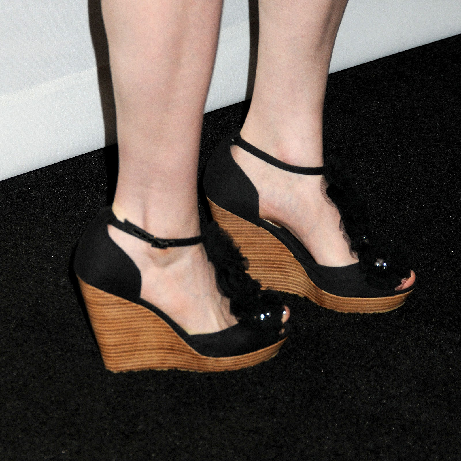 Can not Emily deschanel naked feet your idea