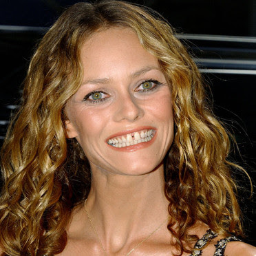 Pin Vanessa Paradis Teeth Fixed on Pinterest