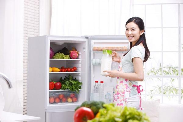 10 kinh nghiệm cực hay giúp tủ lạnh luôn sạch
