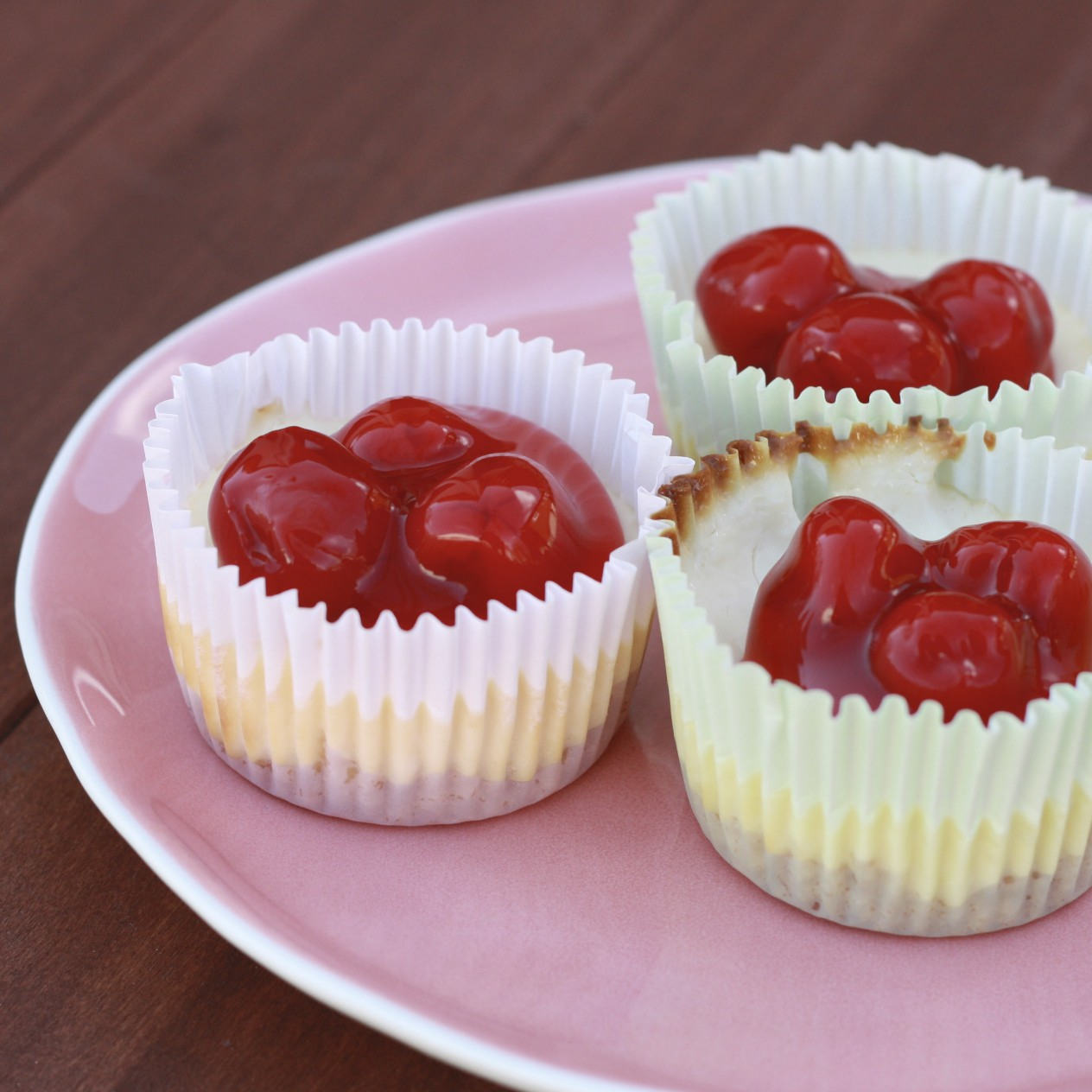The Sweets Life: Mini Cheesecakes