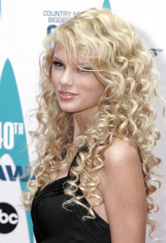 Red Carpet Dresses Taylor Swift Cma Awards 2006