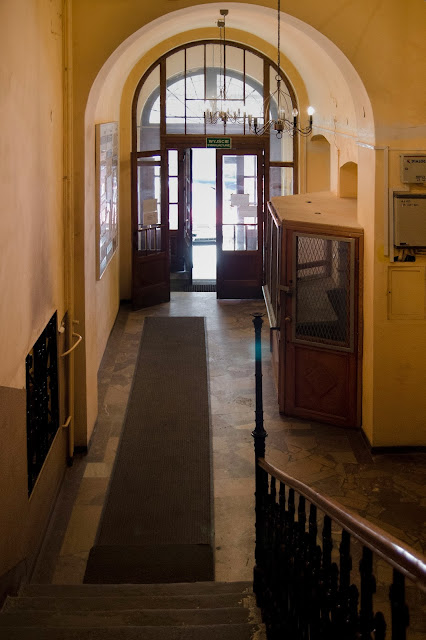 19 century interiors, tenement houses