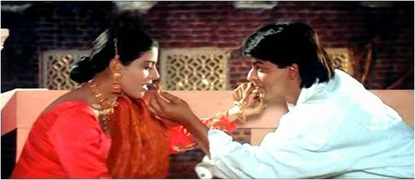 Kajol and Shahrukh Khan in Karva Chauth scene for DDLJ