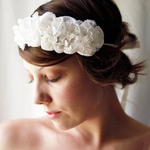http://www.funmag.org/fashion-mag/jewelry-designs/beautiful-hair-ornaments/