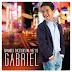 "Divulgada a capa do CD ""Grandes Sucessos na Voz de Gabriel"". Confira!"