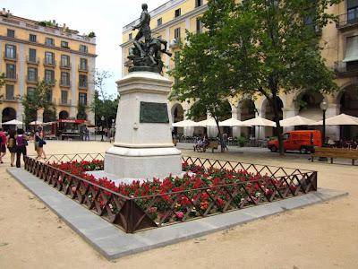 Plaça de la Independencia in Girona