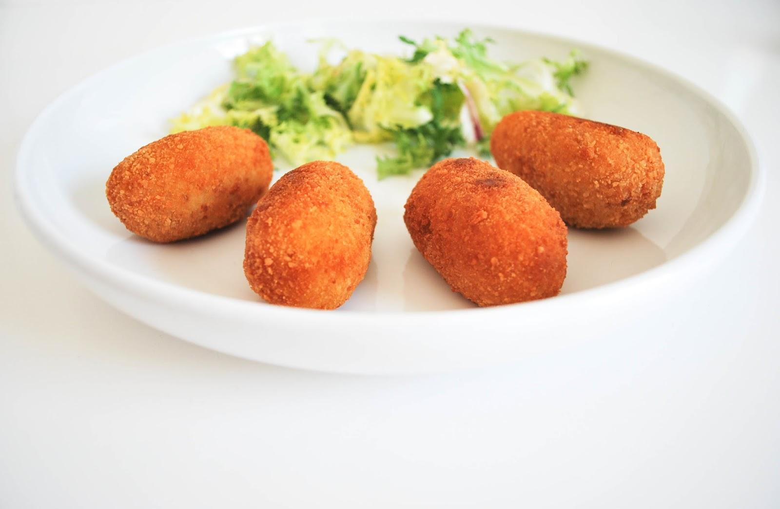 http://www.hommum.com/2014/06/creative-food-band-croquetas-caseras-sin-gluten.html #recetassingluten