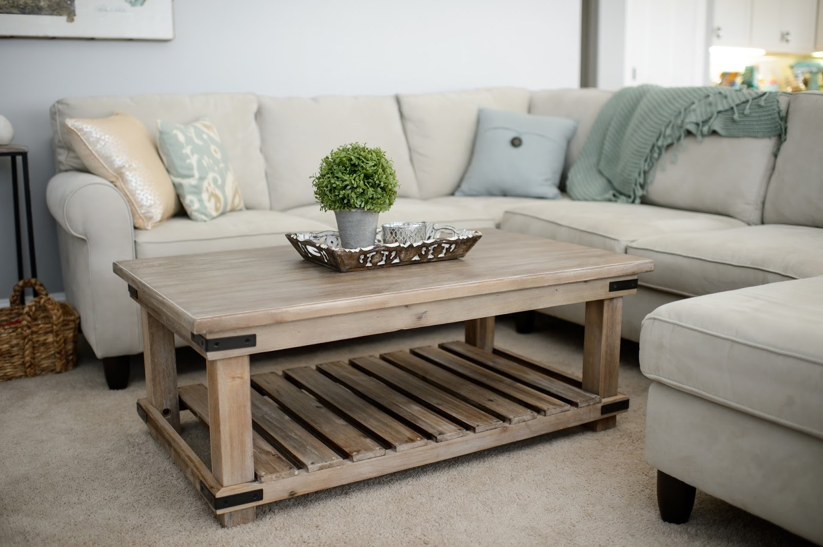 Hill Country Housewife A New Coffee Table