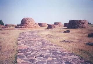 Deorkothar stupas