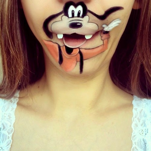Pictures of Cartoon Character Lips Paint Art
