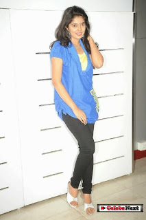 Actress Shravya Latest Pictures in Jeans at Love u Bangaram Movie Premier  0025
