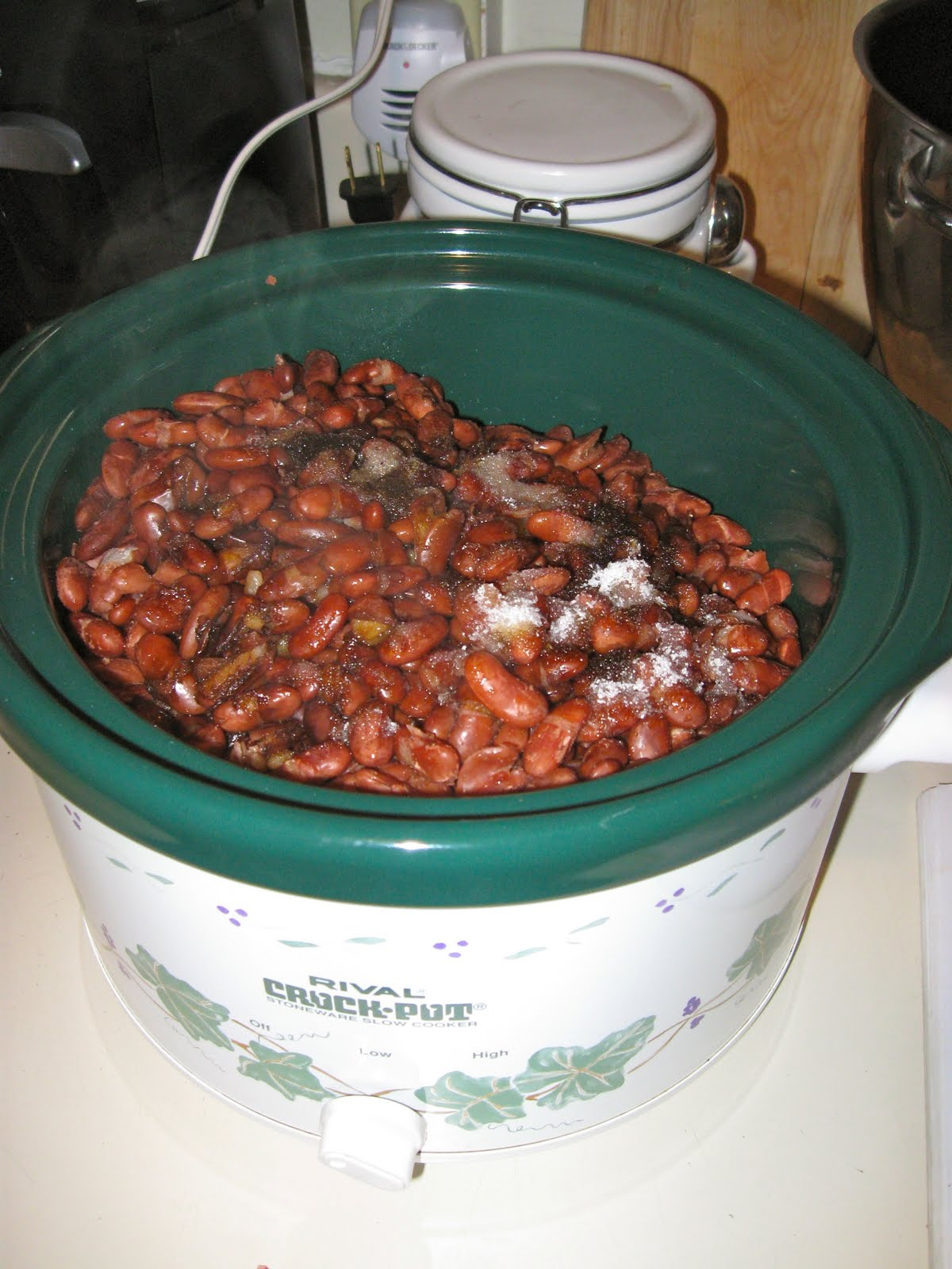 Do You Make Baked Beans For Your Family Does This Story That Marjorie Wrote In Her Cookbook Remind You Of Your Mother Or Grandmother Or Even Of Yourself