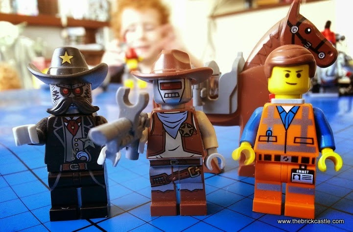 Sheriff Not-A-Robot, Deputron, Emmet minifigures Getaway Glider