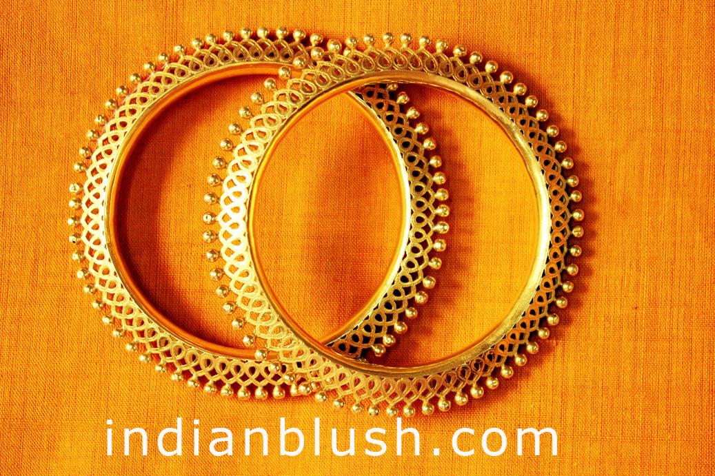Indian Blush: Indian Gold Bangle Designs with Price/Bengali ...
