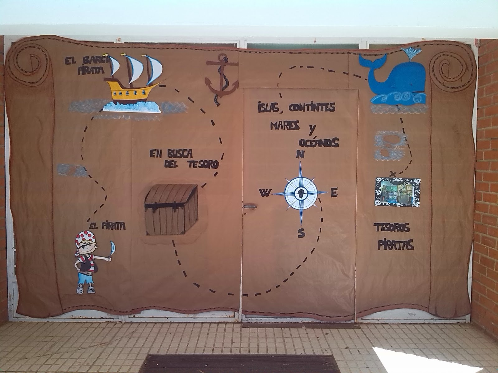 Educaci n infantil ceip padre manjon nuestra puerta pirata for Puertas decoradas educacion infantil