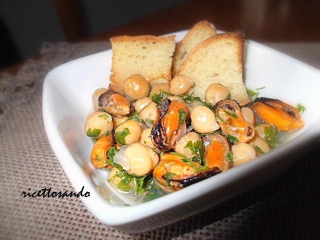 Zuppa di cozze e ceci ricetta di pesce