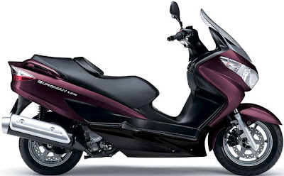 2012 Suzuki Burgman 125 - red cola color