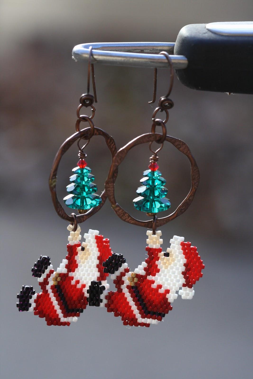 A Work in Progress: Christmas earrings