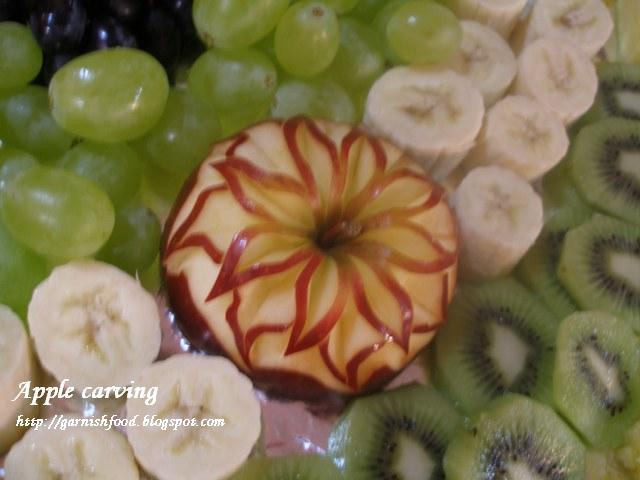 wedding fruit carving in apples