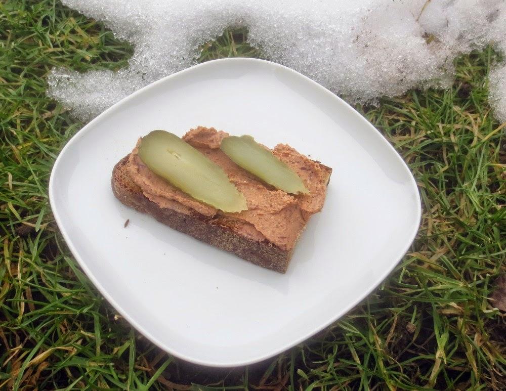 Vegane Leberwurst, Räuchertofu-Kidneybohnen-Aufstrich
