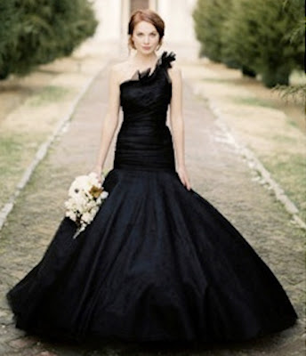 black-wedding-dress-flowers