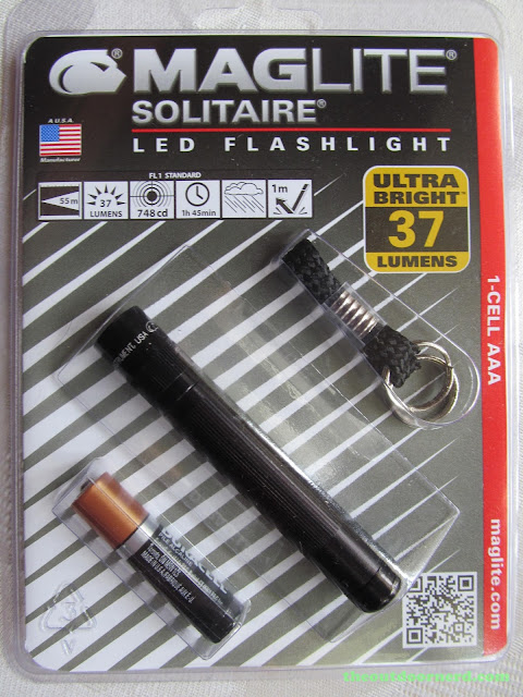 Maglite Solitaire LED: In Package, Front