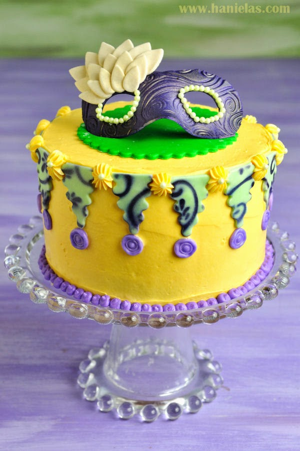 Haniela s: How To Decorate Mardi Gras Cake