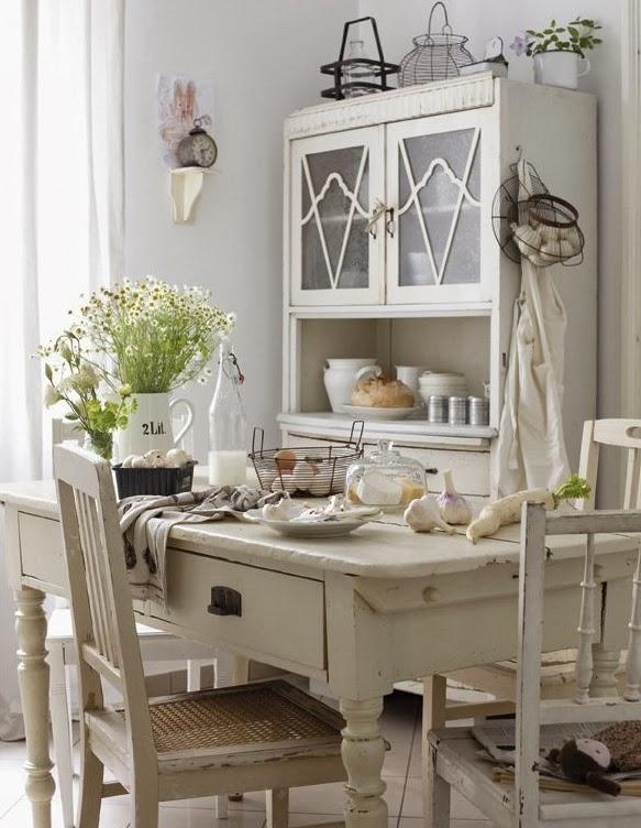 Relas home style casa in stile francese dove l - Mobili in stile francese ...