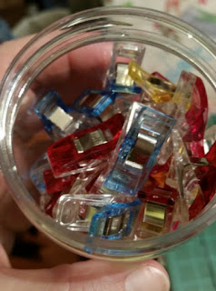 wonder clips  in jar