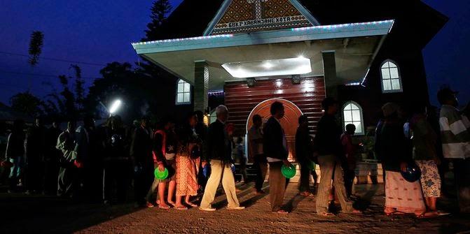Ribuan Pengungsi Sinabung kekurangan Stok Beras