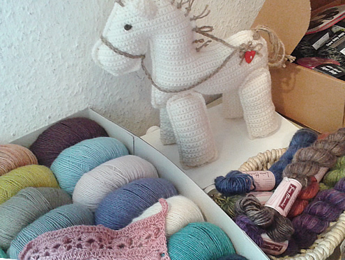 Yarn shop in Osnabrück, Germany | Happy in Red