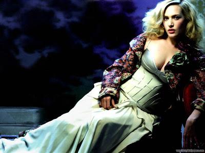 Kate Winslet Glamorous Wallpaper