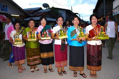 ประเพณีออกพรรษาเชียงคาน ประจำปี 2554