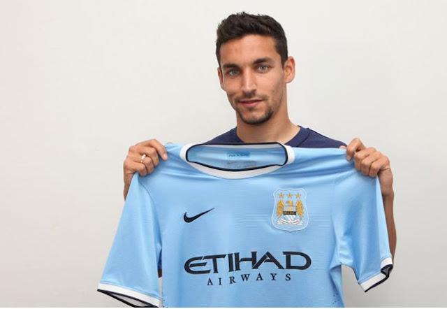 Jesus Navas Pemain Baru Manchester City