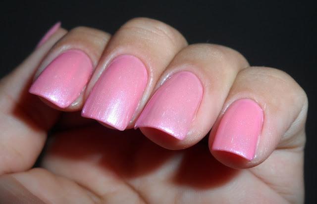 Esmalte Pink + Pérola do Mar, Impala