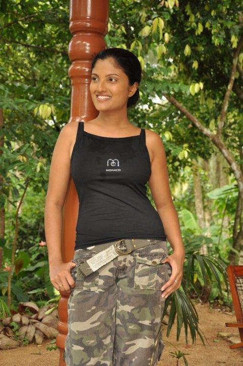 Srilankan Actress Paboda Sandeepani