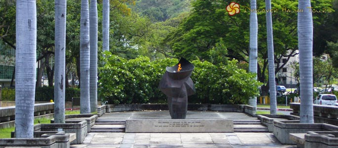 http://www.discoverhawaiitours.com/attractions/eternal-flame-memorial/