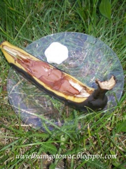 Banany grillowane z czekoladą